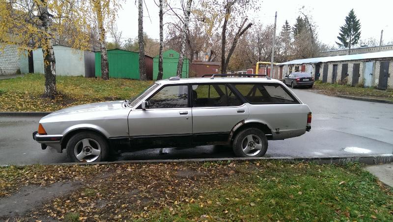 Ford Granada вид сбоку водительская сторона