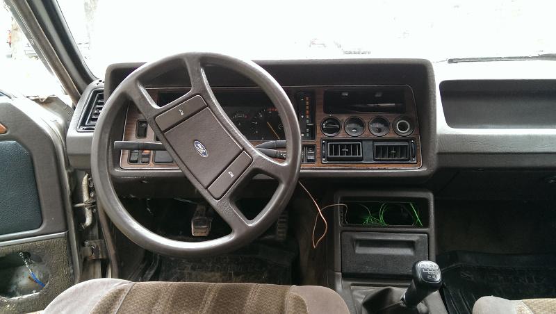 Ford Granada вид сбоку