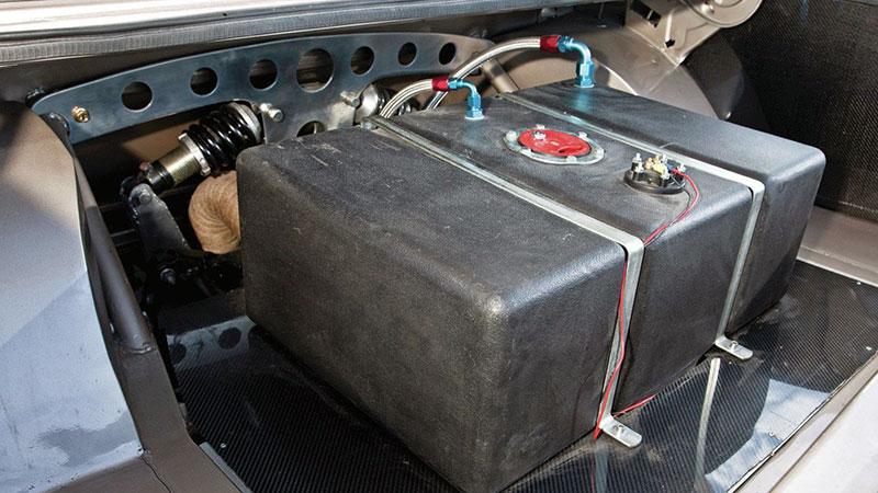 спортивный бензобак в форд